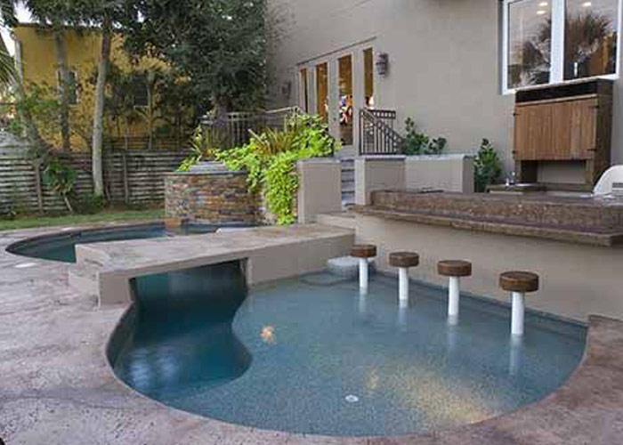 Small Backyard Pools Firepit