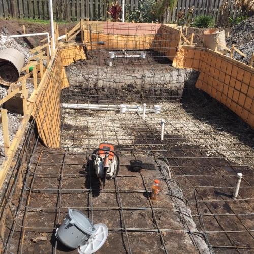 4-steel-framing-and-plumbing-for-new-pool-spa-construction2