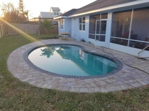 Ormond-by-the-sea-finished-pool-construction-withpaver-deck