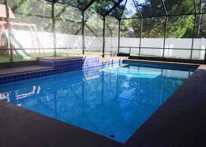 pool-08